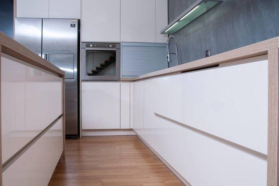 MK Marek kuchyně - Výroba kuchyní - výroba vestavěného nábytku