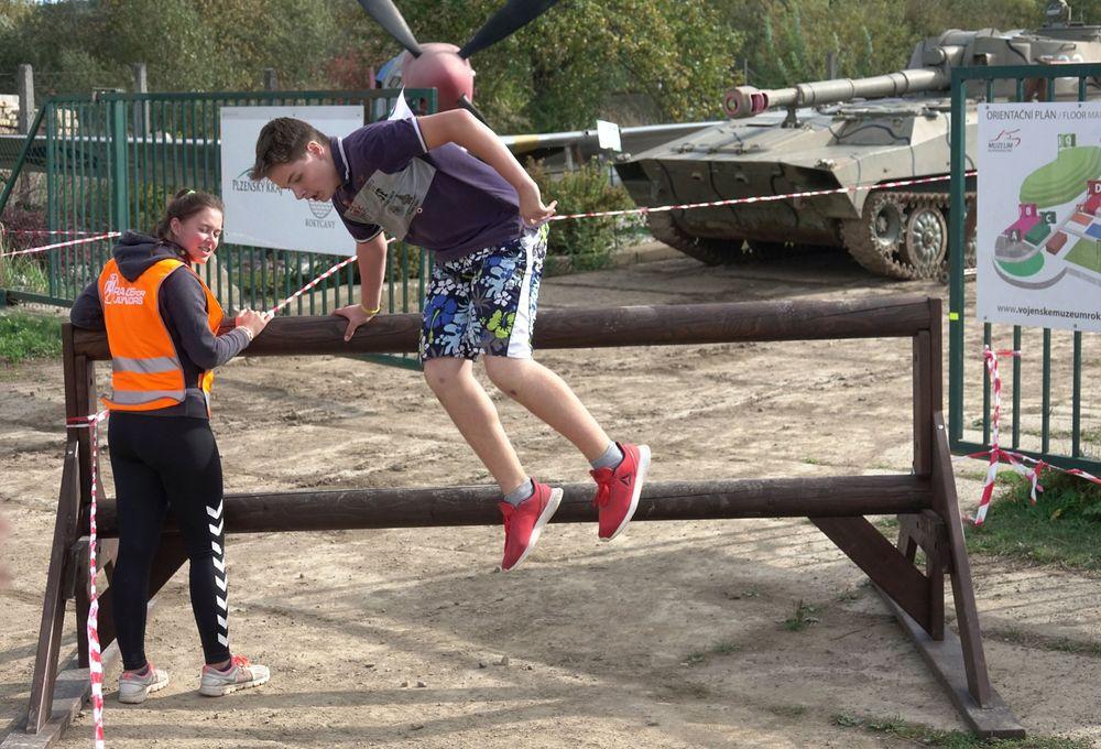 Běžecký závod pro děti za podpory Alfa-Omega servisu & spol a Muzea na demarkačni linii v Rokycanech